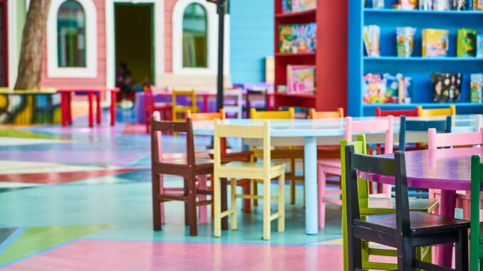 Education School Nursery  - Engin_Akyurt / Pixabay