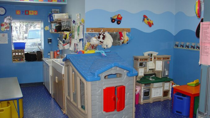 Toddler Room Play Kitchen  - Brendacfeyc / Pixabay