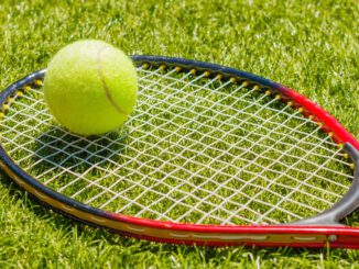 Tennis Tennis Racket Tennis Ball  - powershots / Pixabay
