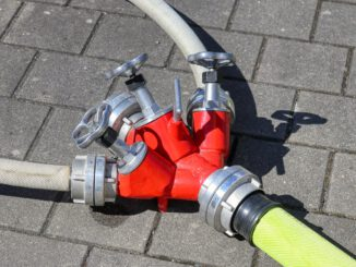 Distribution Water Fire Hose  - planet_fox / Pixabay