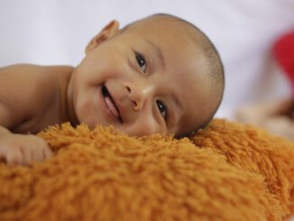 Baby Child Boy Smile Happy  - asbartanjung / Pixabay