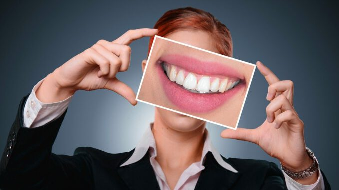 Woman Smile Tooth Health Mouth  - geralt / Pixabay