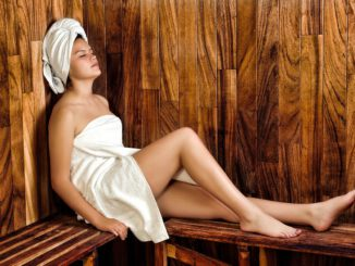 Women Sauna Spa Wellness Model  - Zerocool / Pixabay
