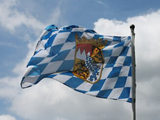 Bavaria Flag Swiss Francs Blow  - Lilaminze / Pixabay