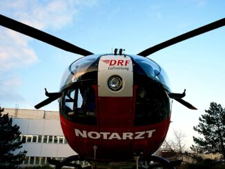 Air Rescue Doctor On Call Helicopter  - tombud / Pixabay